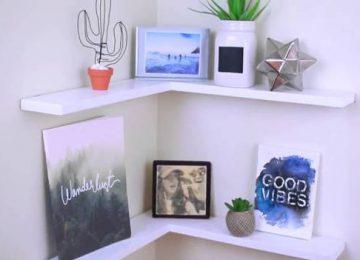 Mẫu kệ trang trí treo tường phòng khách nhỏ